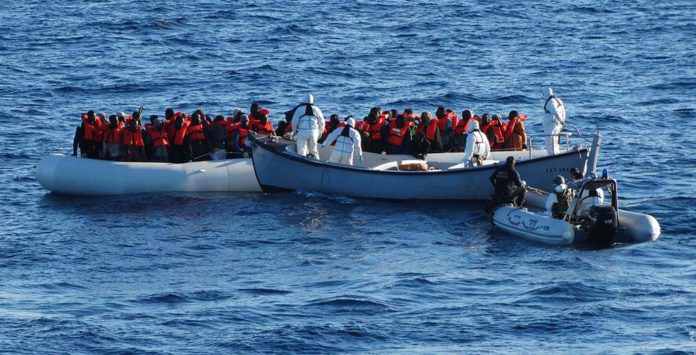 Migranti-696x355